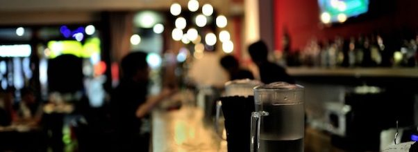 City to End Dining Curfew, Bring Back Bar Seating