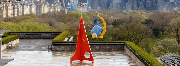A Blue Sculpture of Big Bird is on the Met Rooftop