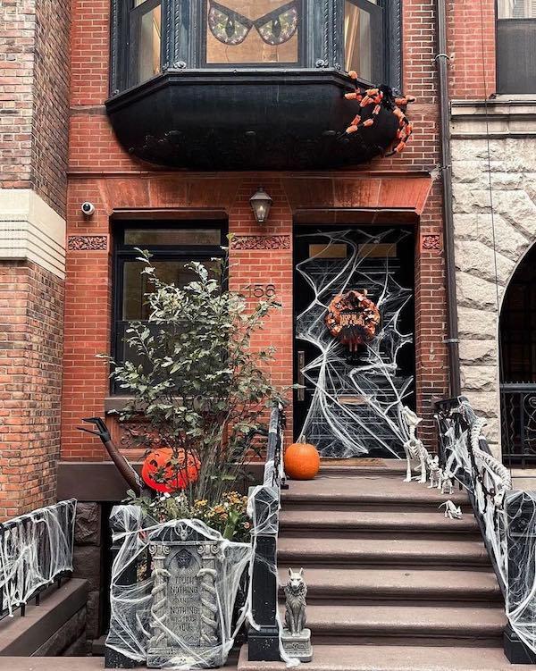 Halloween townhouse Upper East Side