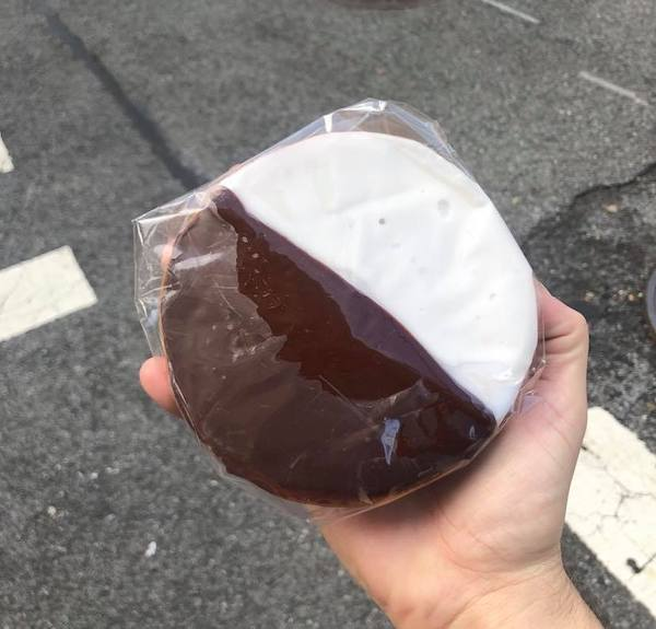 william greenberg desserts black and white cookie